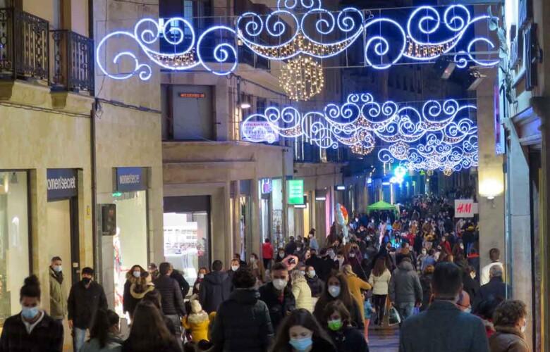 gente aglomeraciones fin semana antes navidad (5)