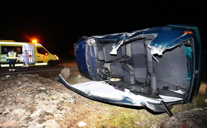 Vicente / ICAL . Un herido grave en un accidente entre Puebla de Azaba y Alberguería de Aragañan(Salamanca)