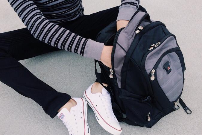 alumnos, mochilas, necesidades especiales, estudiantes,