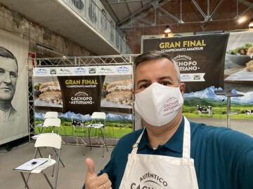 Juan Carlos Hernández, el salmantino que llegó a la final para cocinar el mejor cachopo casero de España