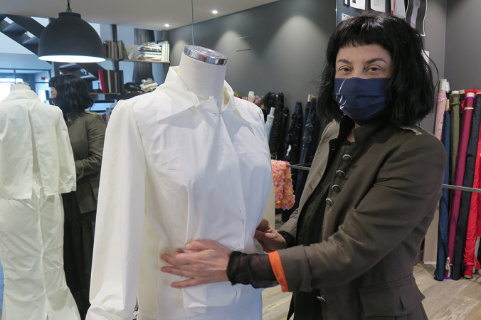 La diseñadora salmantina, Fely Campo, en su Atelier.
