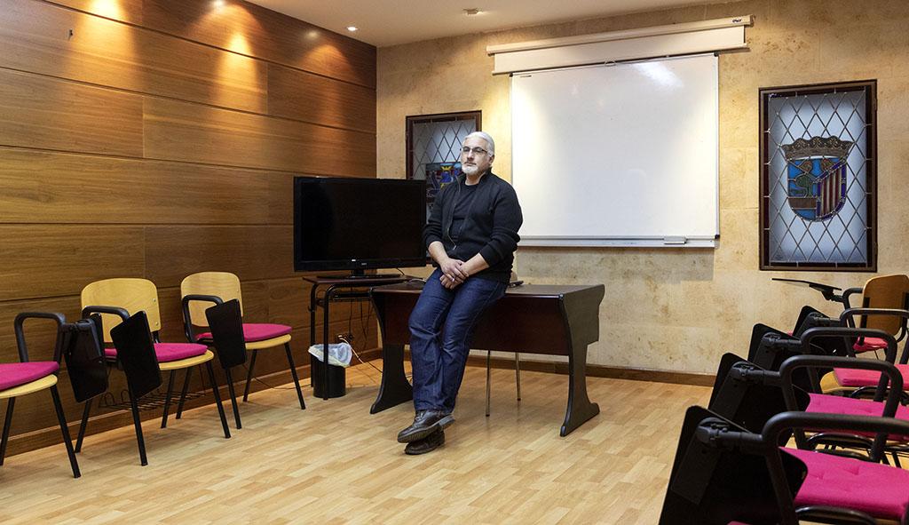 Susana Martín / ICAL. Tomás Criado, administrador de Letra Hispánica, en sus aulas vacías en espera del fin de la pandemia