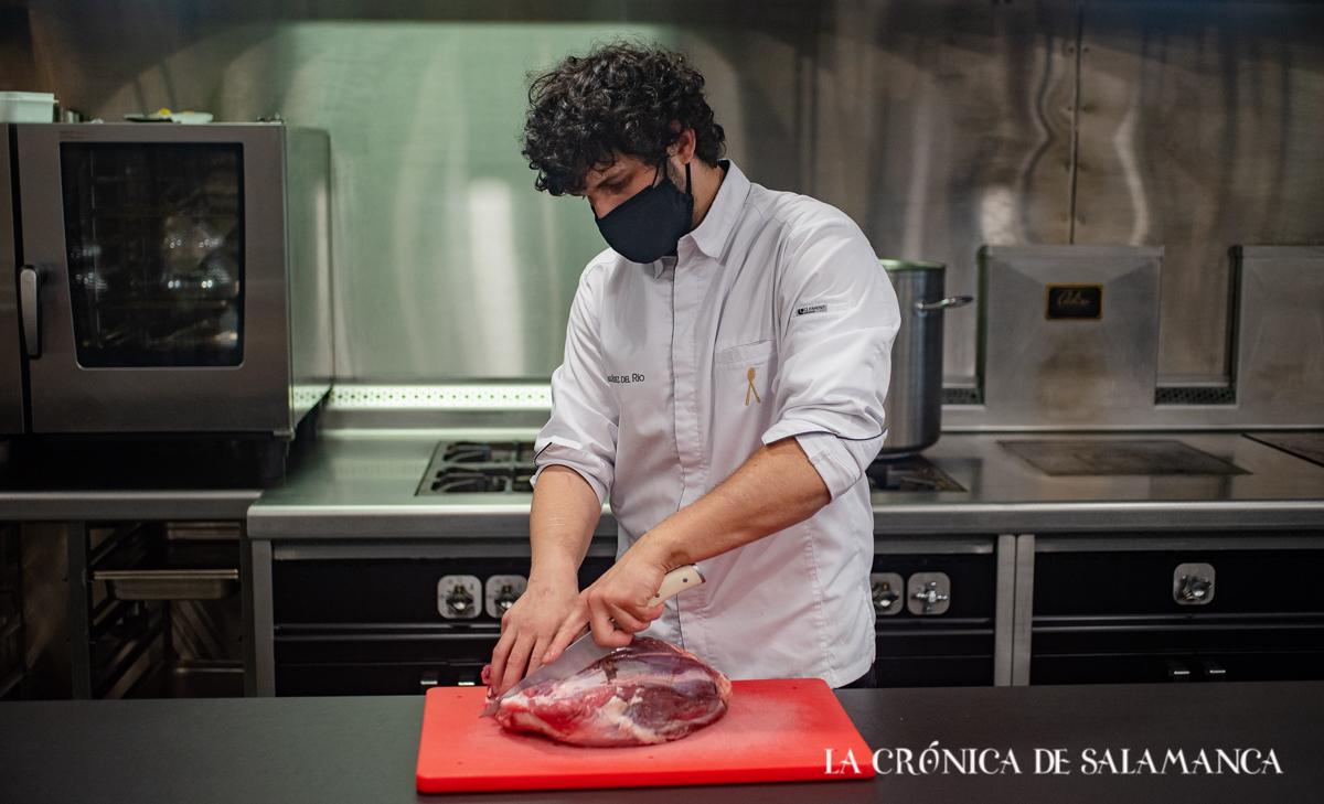 Carlos Hernández del Río, chef del restaurante ConSentido.