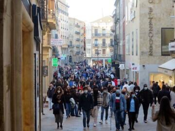 gente terrazas calles sabado 17 abril (4)
