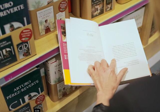 El Corte Inglés celebra el Día del Libro con un 5% de descuento durante toda la semana.
