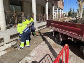 En los primeros dos meses, el servicio de mantenimiento de viales y reparación de averías resuelve en Carbajosa las incidencias en vías públicas