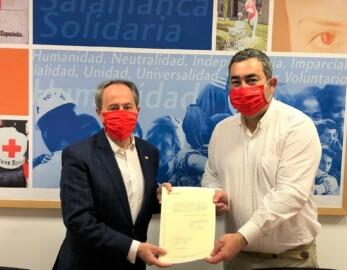 Jesús Juanes, presidente de Cruz Roja Salamanca, y Javier Cembellín, nuevo presidente de Cruz Roja Santa Marta y comarca.