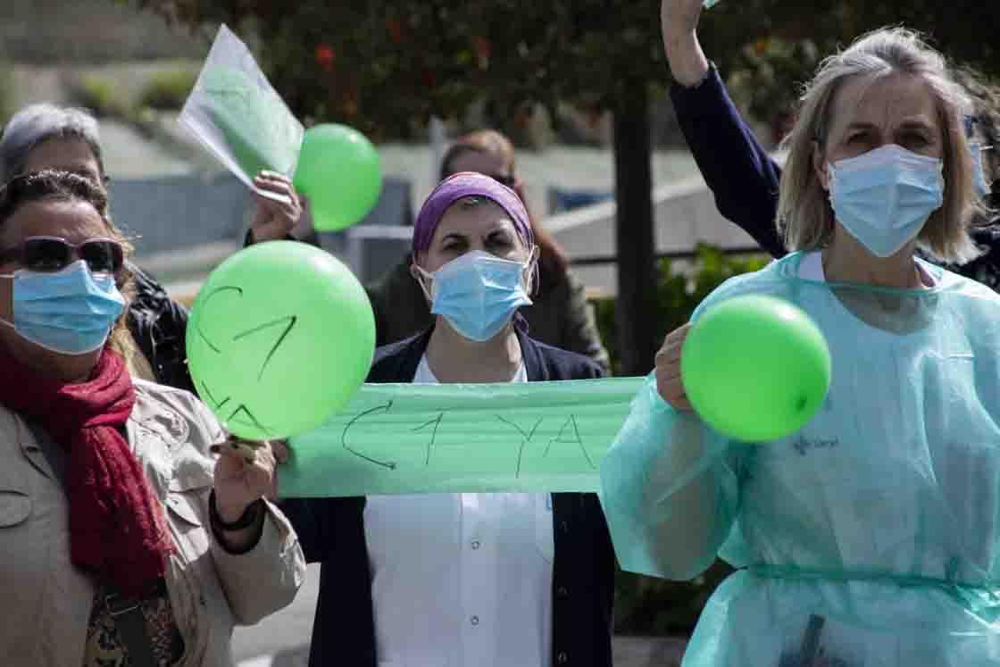 protesta tecnicos enfermeria almudena iglesias (1)