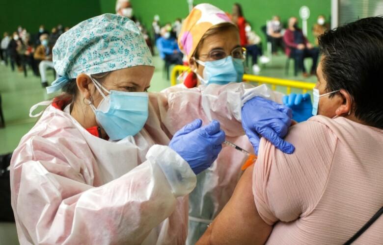 vacuna 60 65 años astrazeneca ciudad rodrigo ical vicente