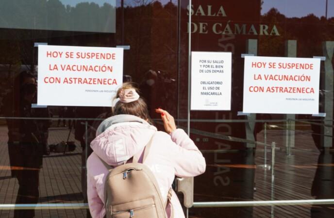 vacuna astrazeneca suspension ical