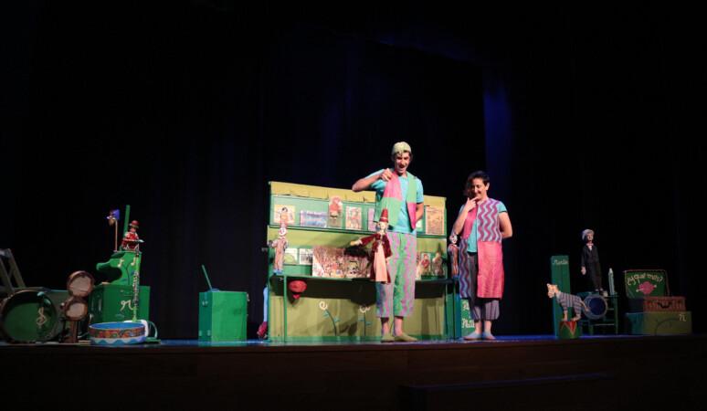 Mariseca, la obra de la compañía Titiriteros de Binefar que se pudo ver en el Auditorio de Villares de la Reina.
