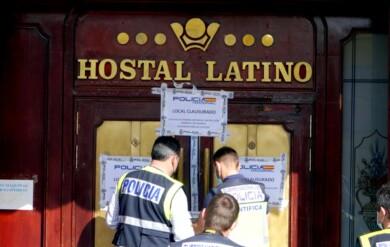 la policia precinta el hostal latino en valladolid ical