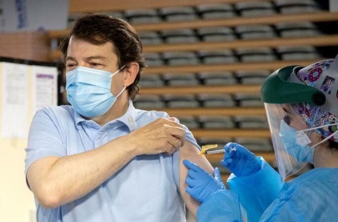 mañueco vacuna ical (2)