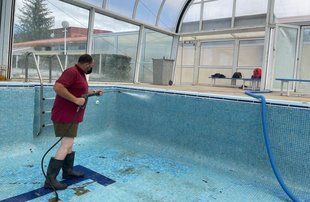 piscinas alba tormes