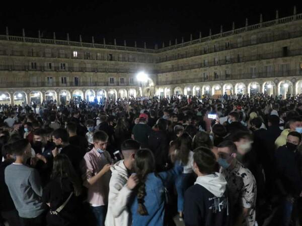 plaza mayor fine stado alarma toque queda (6)