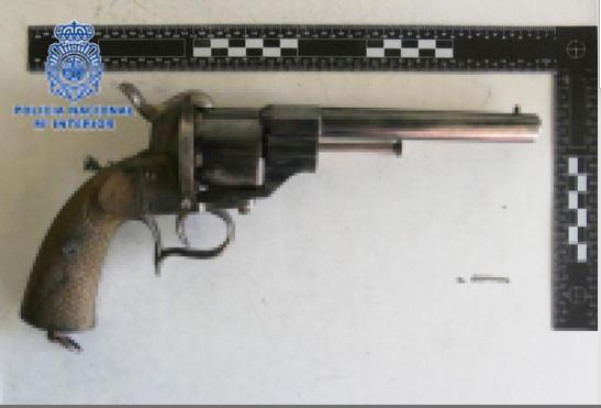 revolver lefaucheux ical