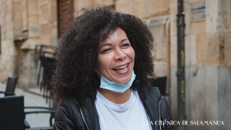 Sarah March, mujer trans en Salamanca, estudiante de Derecho y activista a favor de la Ley Trans y de la Ley LGTI Plus.