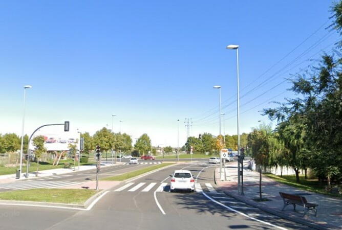 zona accidente rotonda avenida aldehuela