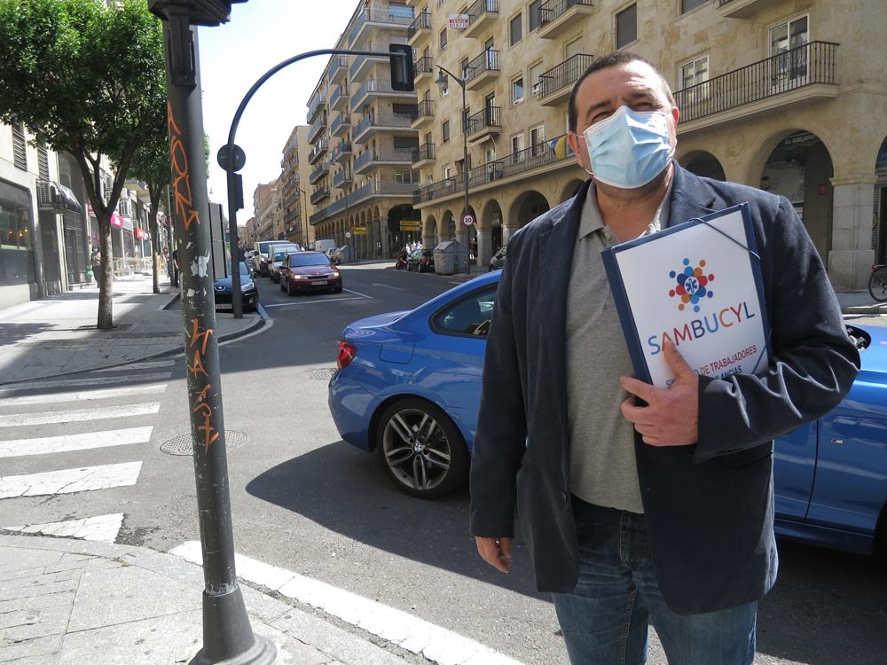 Ánggel Hernández, portavoz del sindicato de Trabajadores de Ambulancias de Castilla y León