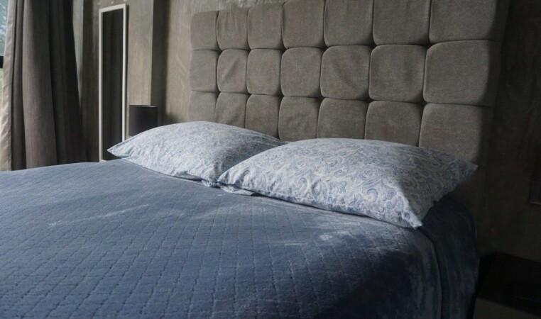 cama colchon dormitorio