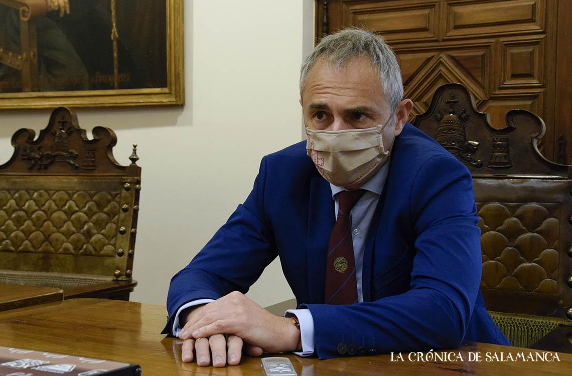 Ricardo Rivero, rector de la Universidad de Salamanca. Fotografía. Almudena Iglesias Martín