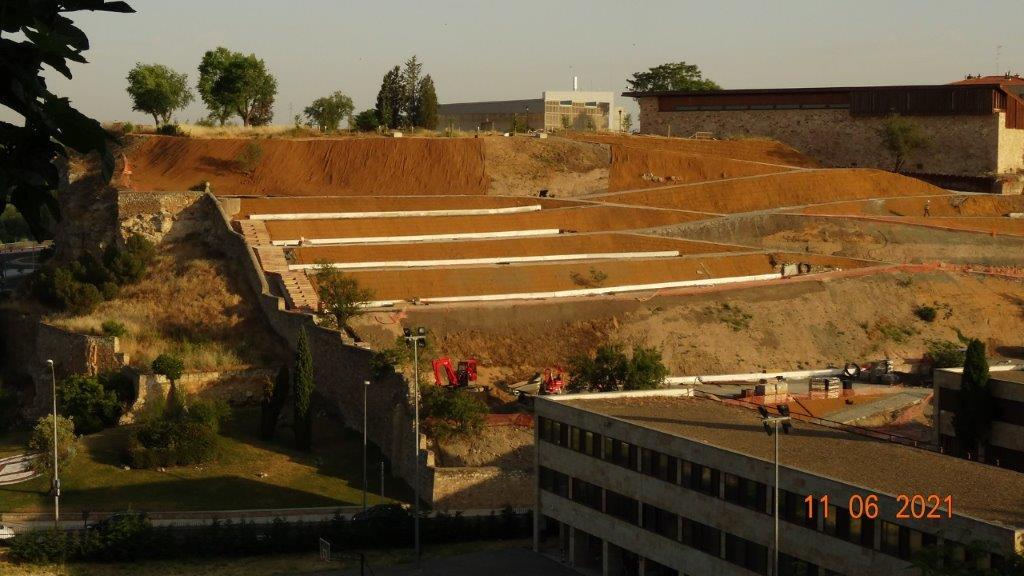 Las obras que se están llevando a cabo en el Cerro de San Vicente.