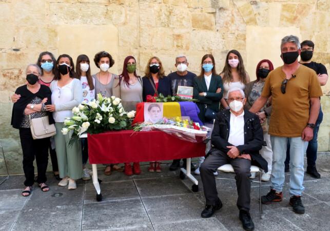 La familia de Ramón Haro Gómez, asesinado un 24 de mayo de 1938, recogen los restos en el Centro Documental de la Memoria Histórica.
