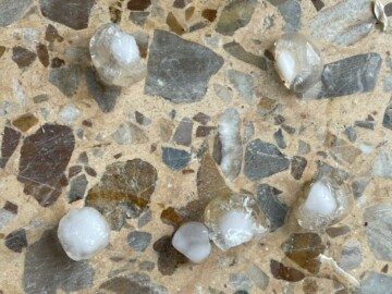 Las canicas de granizo que cayeron en Cabeza de Béjar.