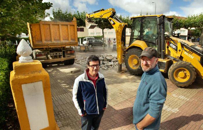 Vicente / ICAL . En la imagen Toño Solorzano, coordinador de la construcción del Sistema y Nicolas Cahen, presidente de Astróbriga.