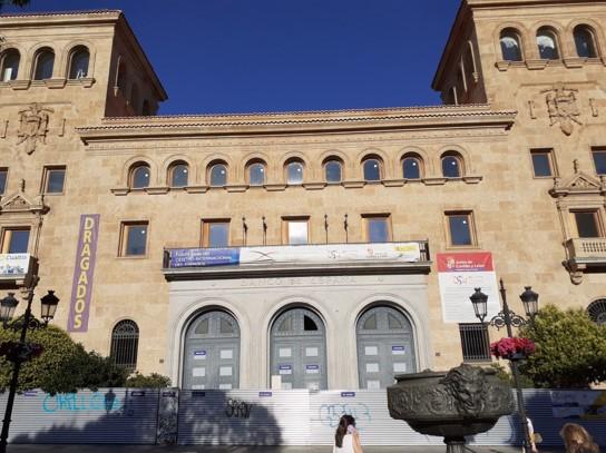 centro español simbolo franquista 3
