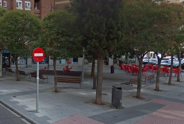 plaza los ovalle poeta claudio rodriguez