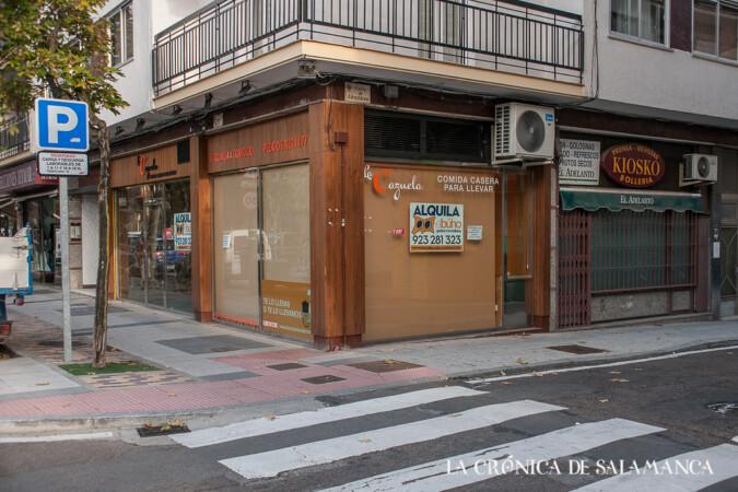 Varios locales vacíos en una calle de Salamanca. ARCHIVO.