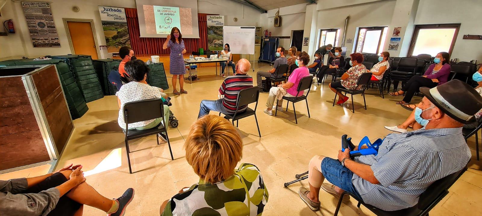 El salón de actos de Juzgado donde tuvo lugar la presentación del programa 'Juzbado Orgánico'.