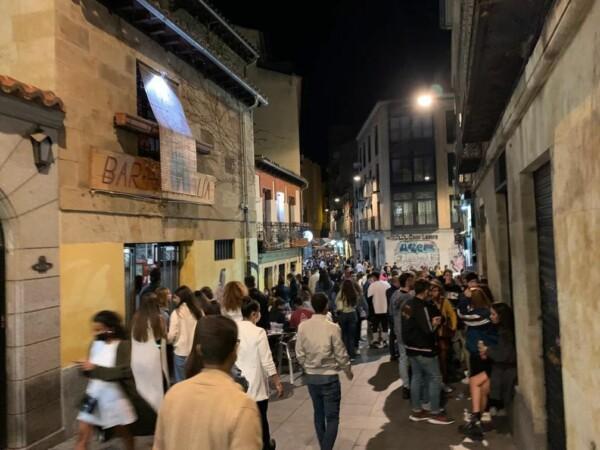 Jovenes de fiesta en Salamanca