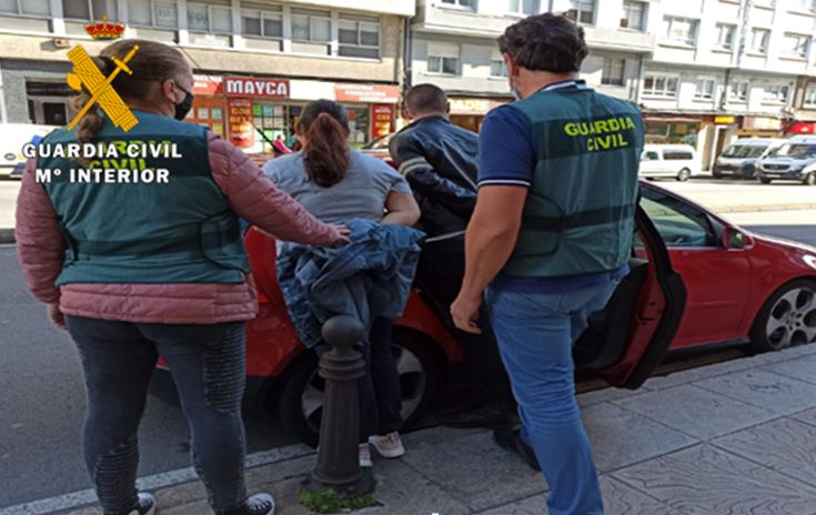 guardia civil robo detenidos